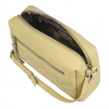 небольшая женская сумка из натуральной кожи