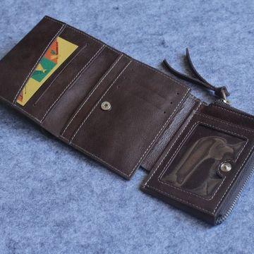 небольшой мужской кошелек на магнитах МК-5-А коричневый